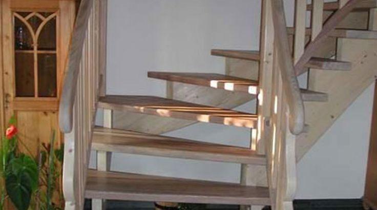 Aufgesattelte Treppe