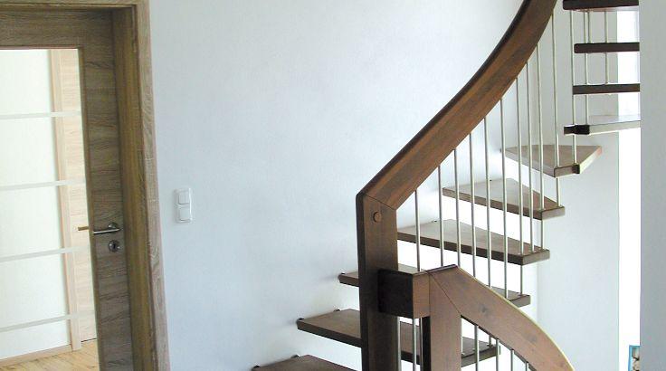 Stabtragende Treppe